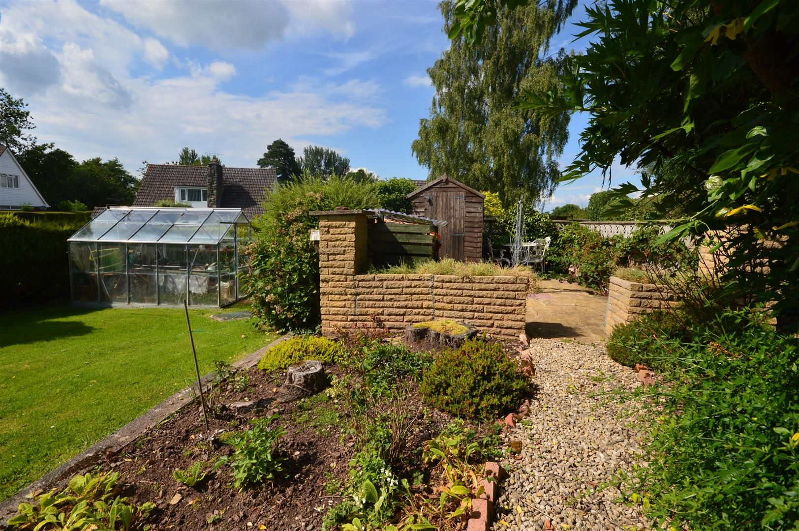 2 bed detached-bungalow for sale in Pembridge 12
