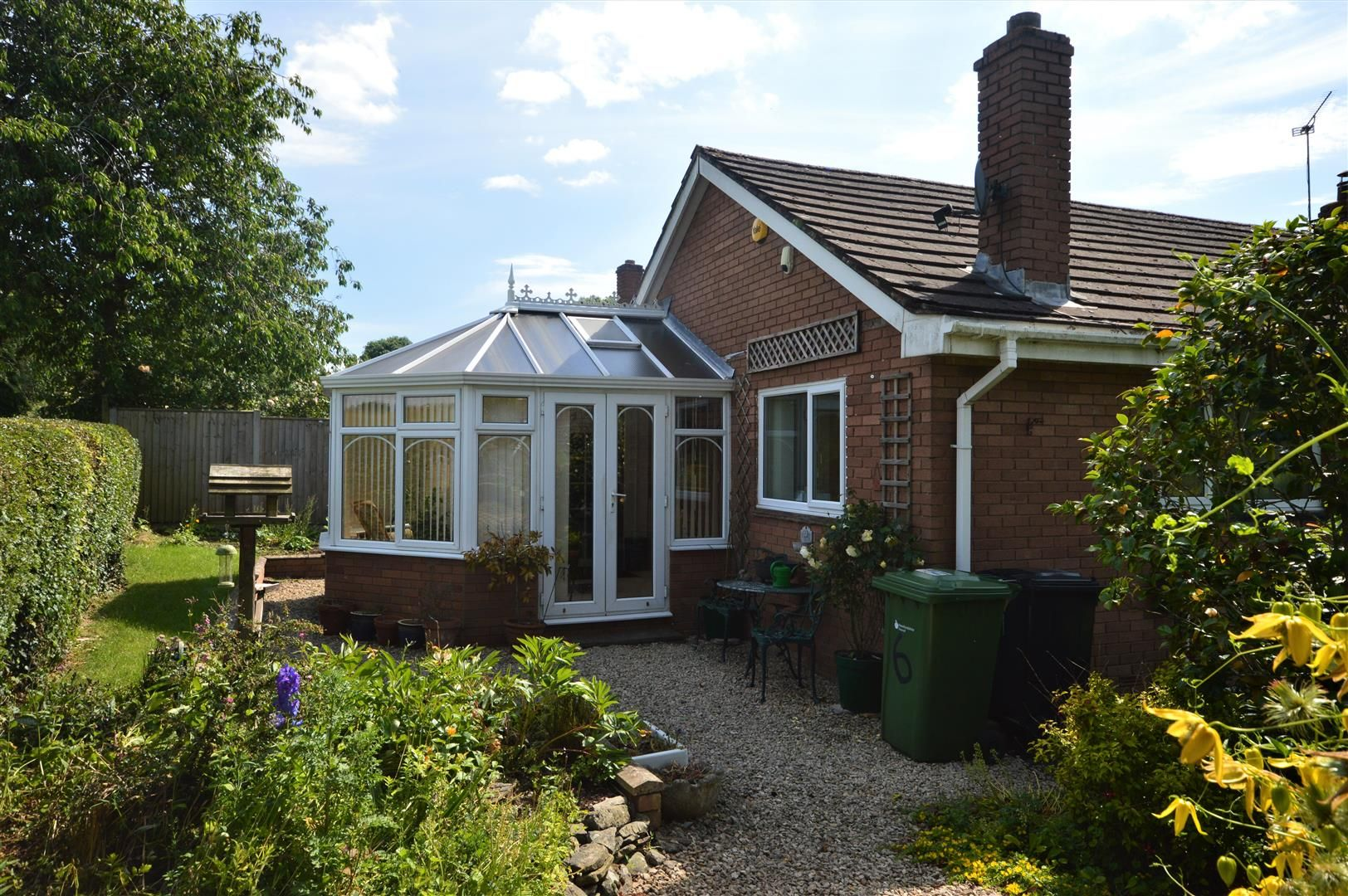 2 bed detached-bungalow for sale in Pembridge 13