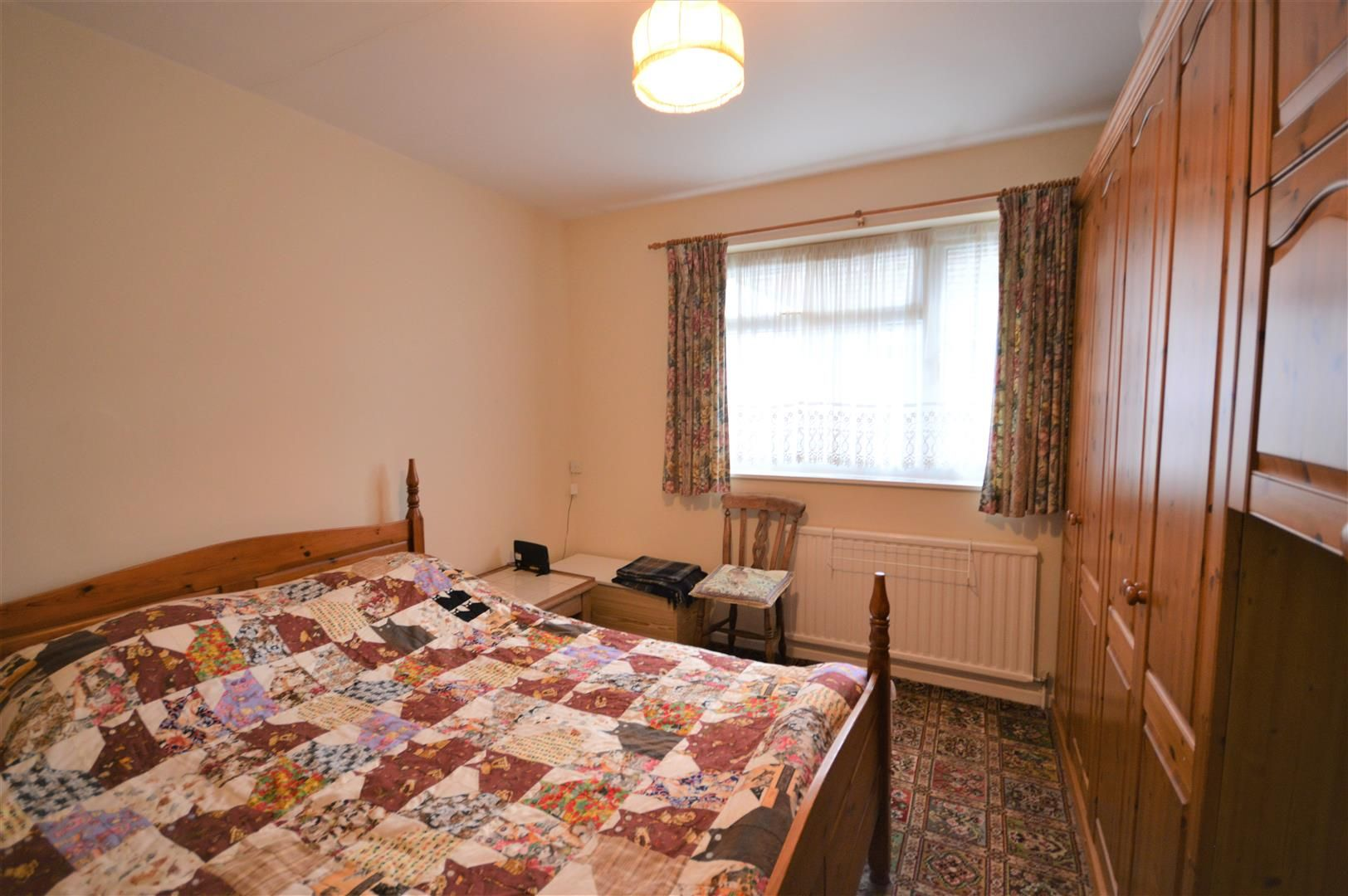 2 bed detached-bungalow for sale in Pembridge  - Property Image 8