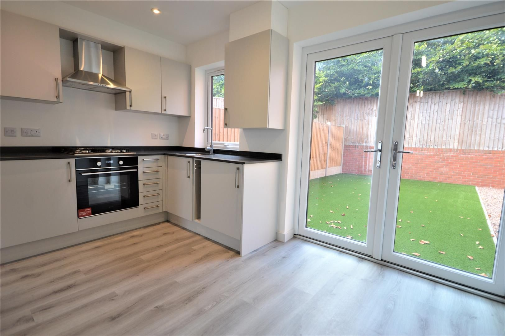2 bed semi-detached for sale in Leominster 4