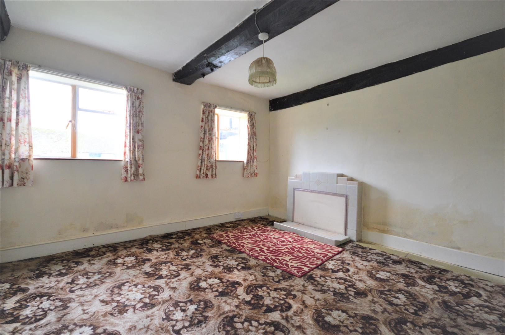 3 bed cottage for sale in Weobley 2