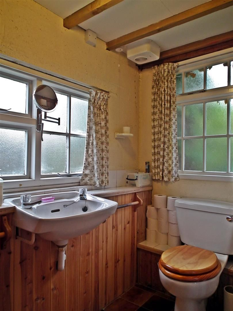 3 bed cottage for sale in Weobley 16