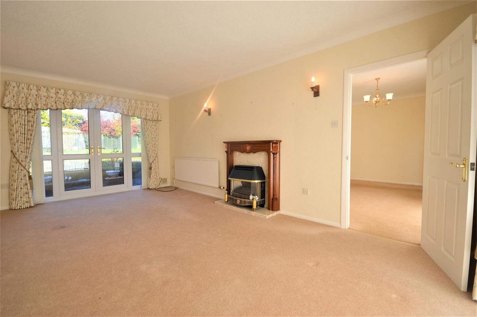 3 bed detached-bungalow for sale in Leominster  - Property Image 2
