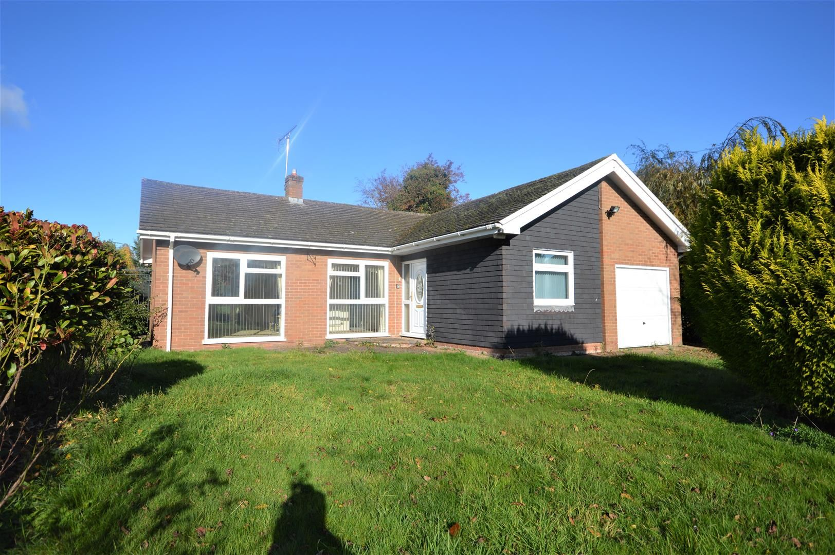 3 bed detached-bungalow for sale in Leominster  - Property Image 13