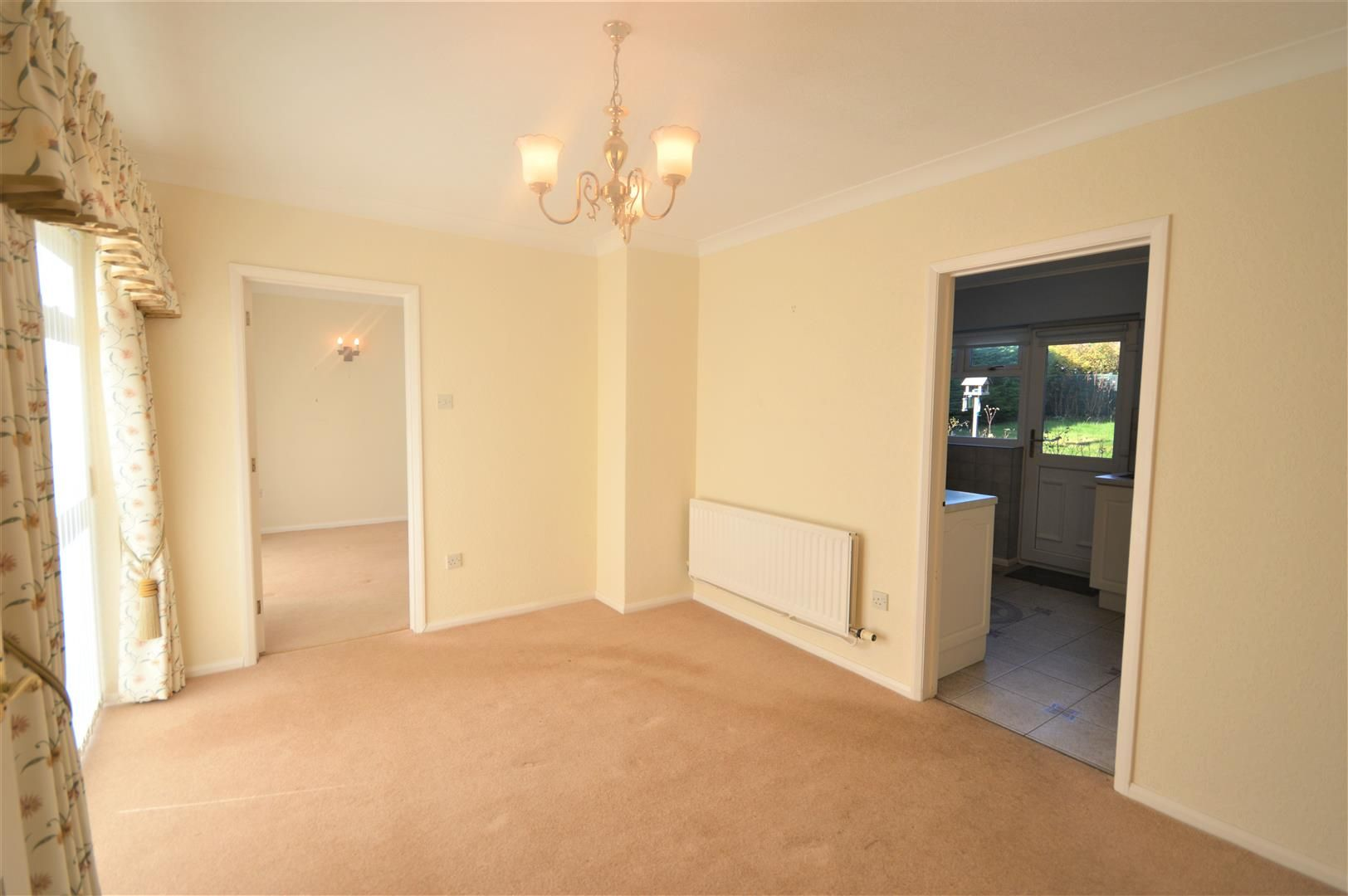 3 bed detached-bungalow for sale in Leominster  - Property Image 5
