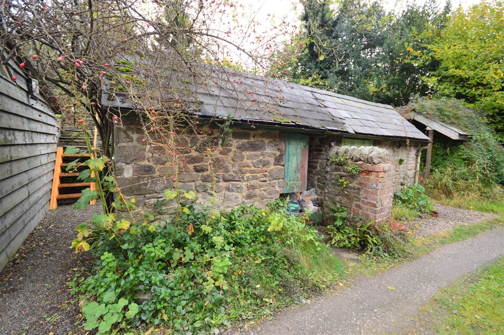 2 bed cottage for sale in Norton 11