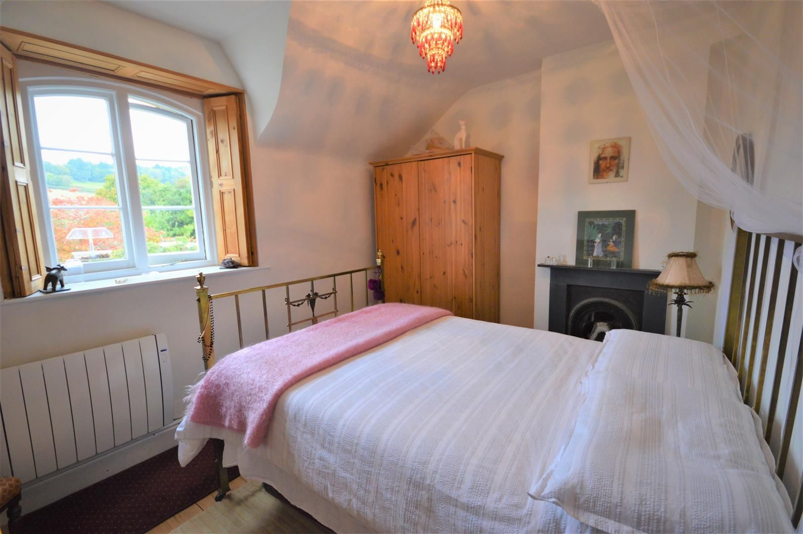 2 bed cottage for sale in Norton 7