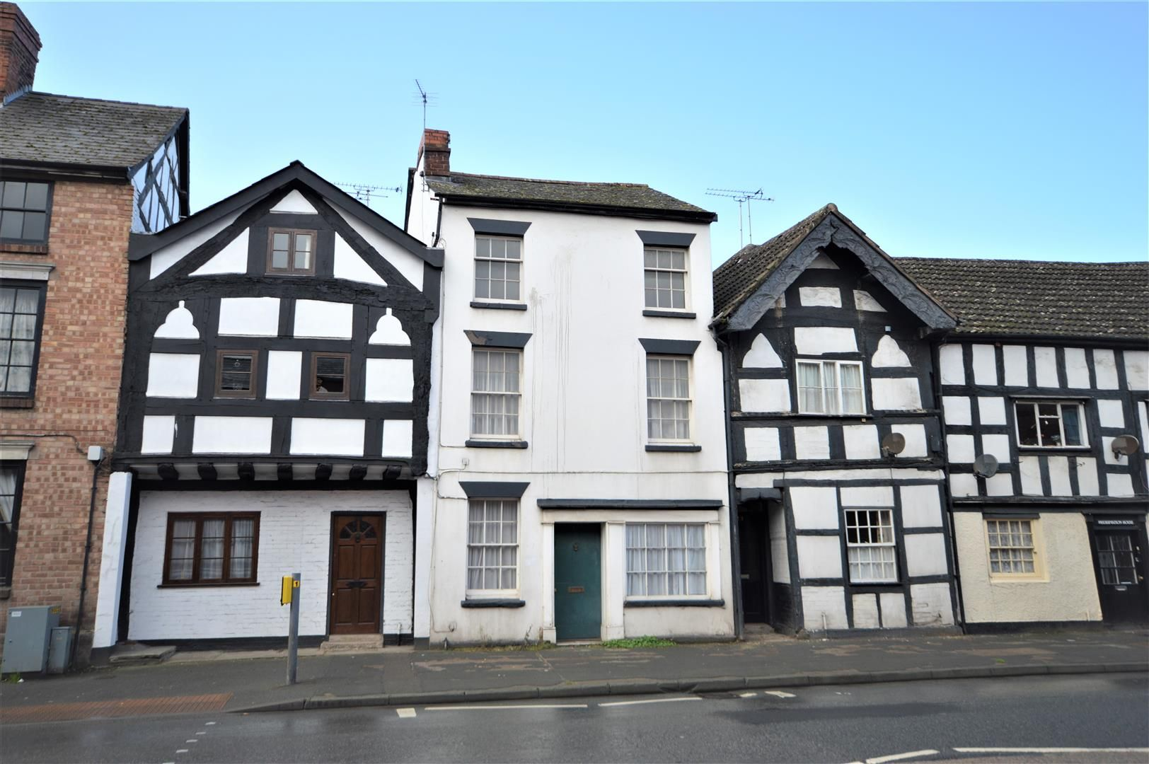 4 bed terraced for sale in Leominster, HR6