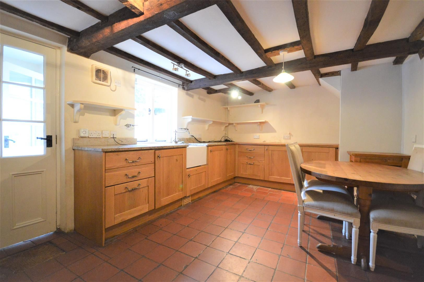 4 bed terraced for sale in Leominster 2