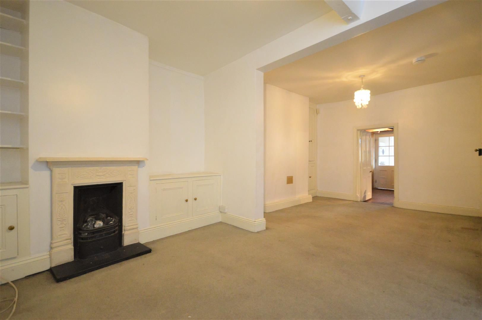 4 bed terraced for sale in Leominster 4
