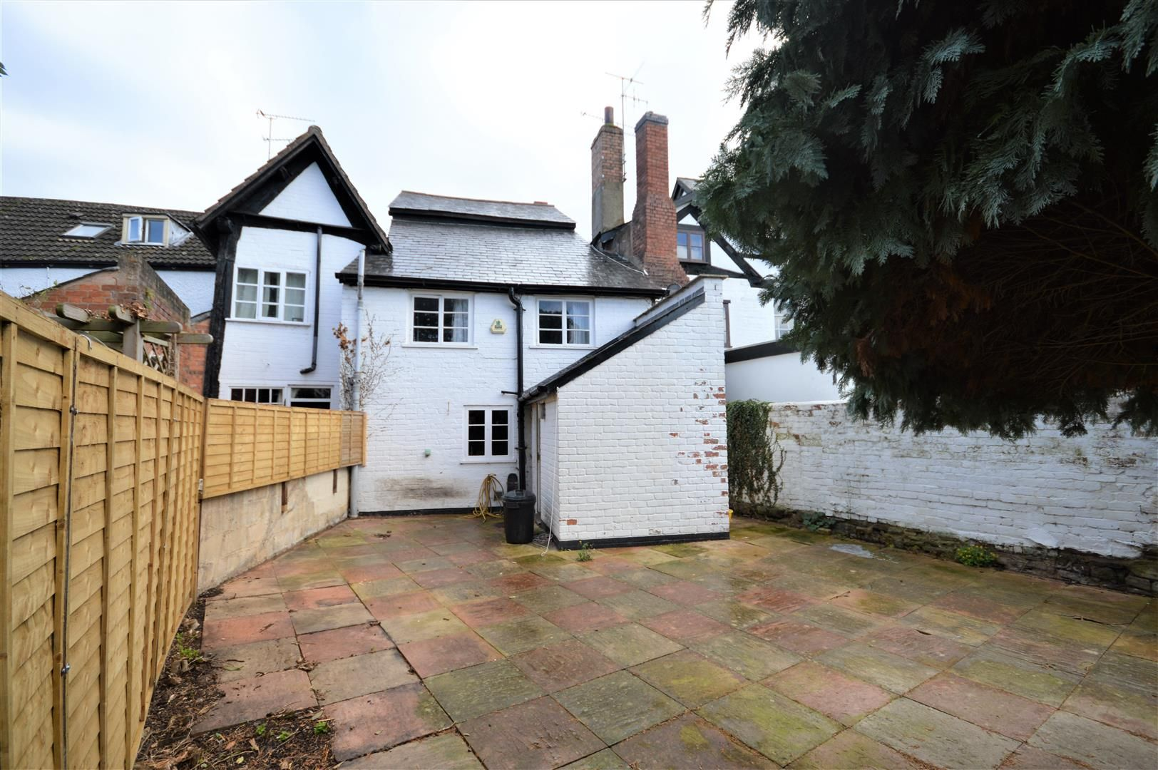 4 bed terraced for sale in Leominster 10