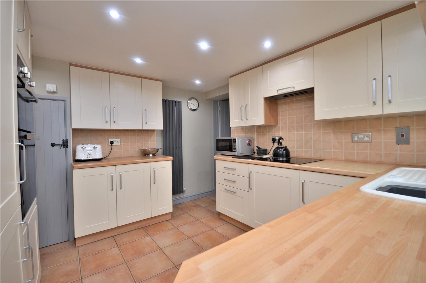 3 bed semi-detached for sale in Sutton St. Nicholas  - Property Image 11