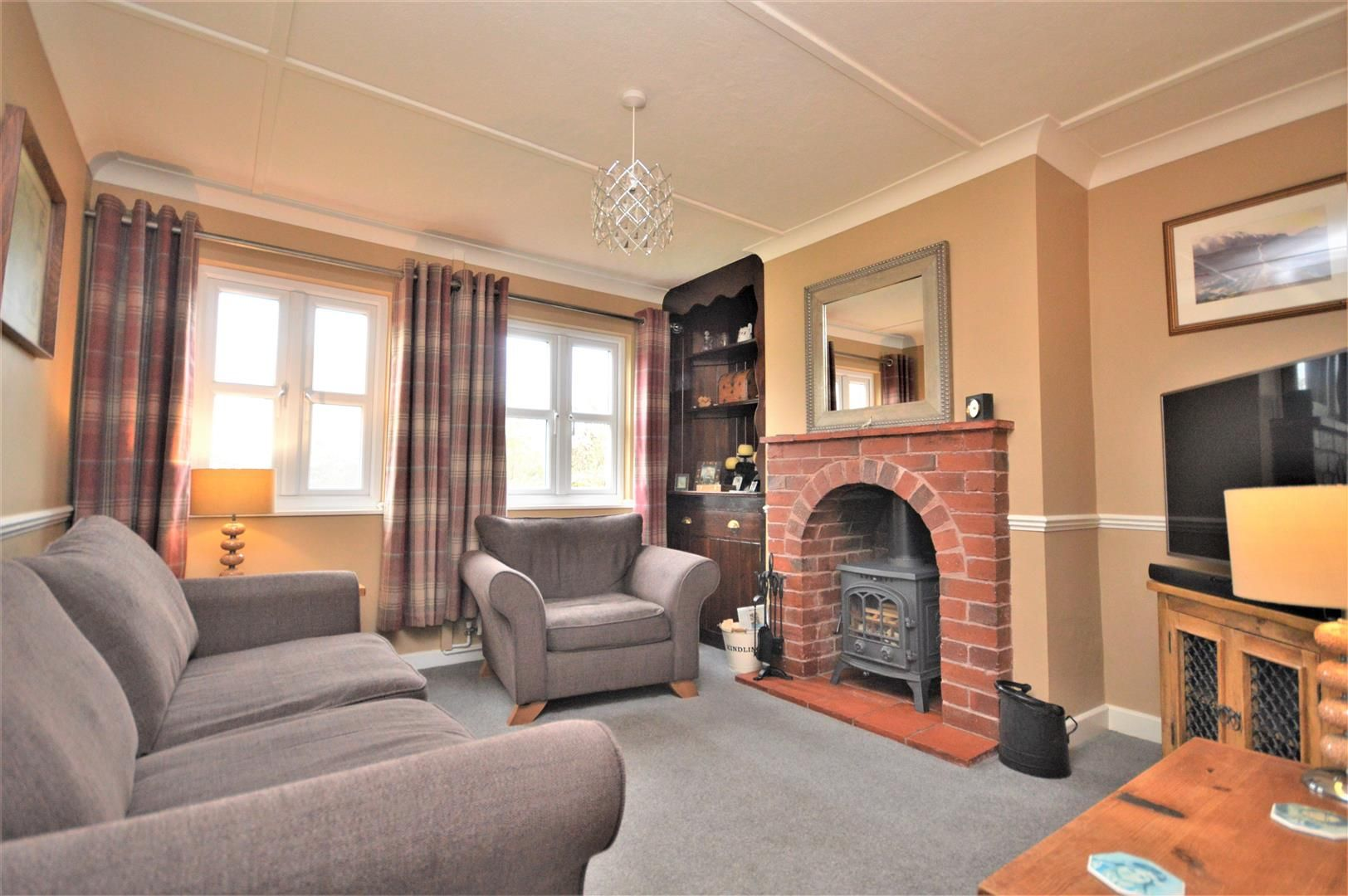 3 bed semi-detached for sale in Sutton St. Nicholas  - Property Image 3