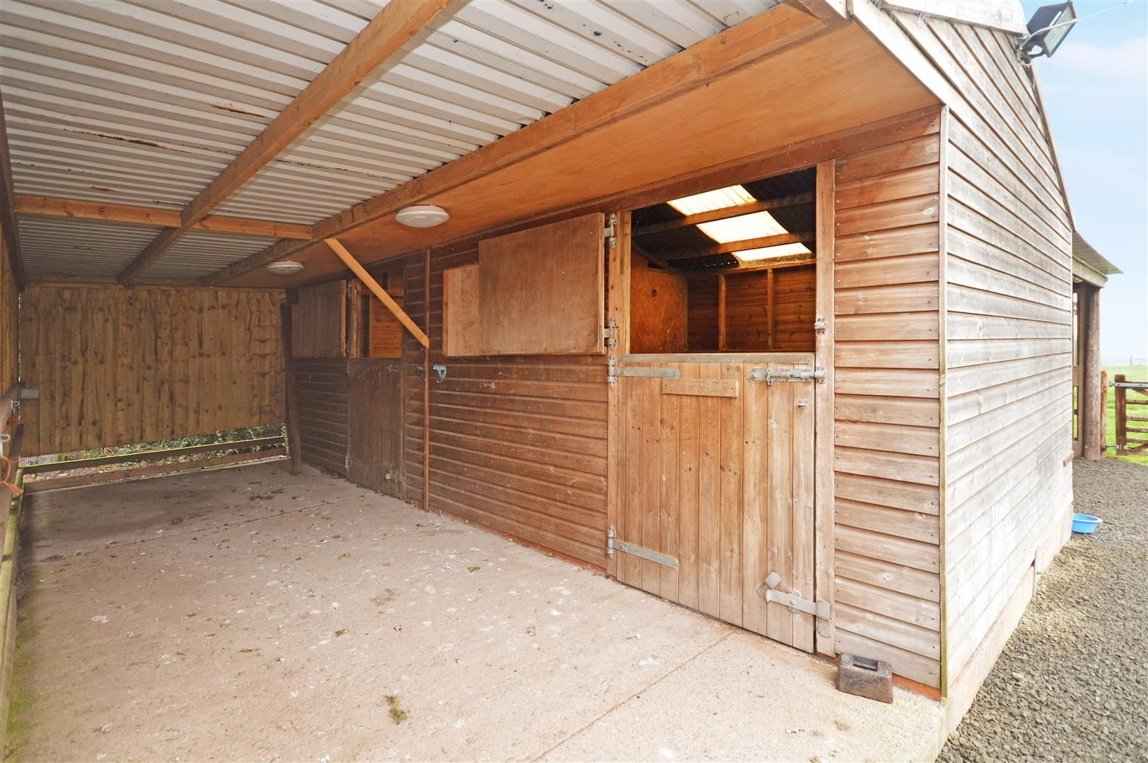 3 bed semi-detached for sale in Sutton St. Nicholas 9