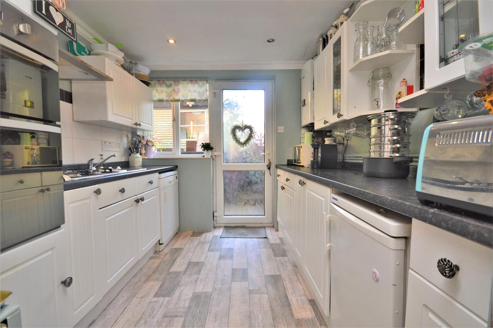 2 bed apartment for sale in Hereford 5