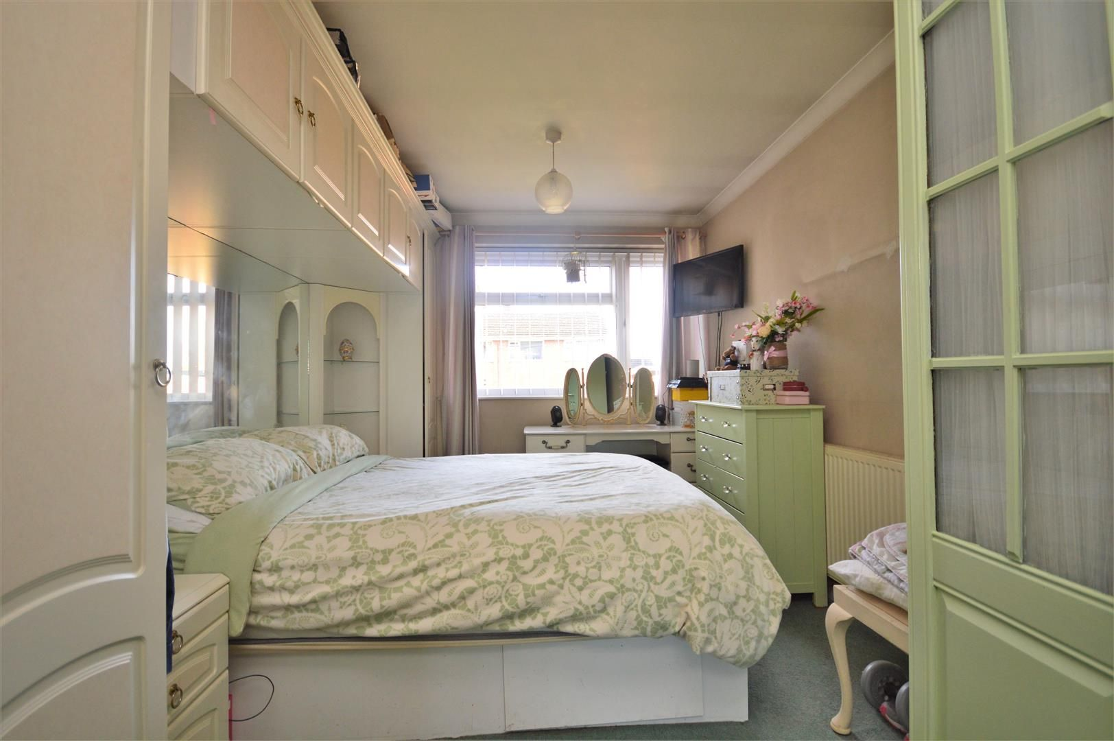 2 bed apartment for sale in Hereford 7