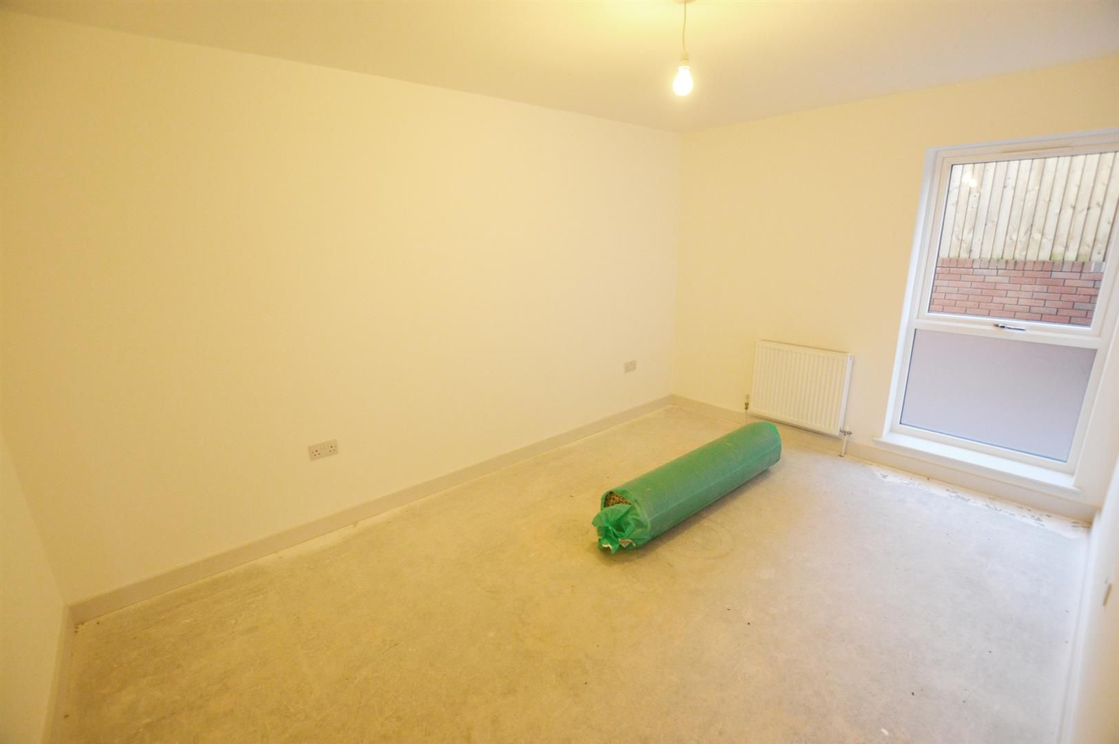 2 bed apartment for sale in Leominster 7