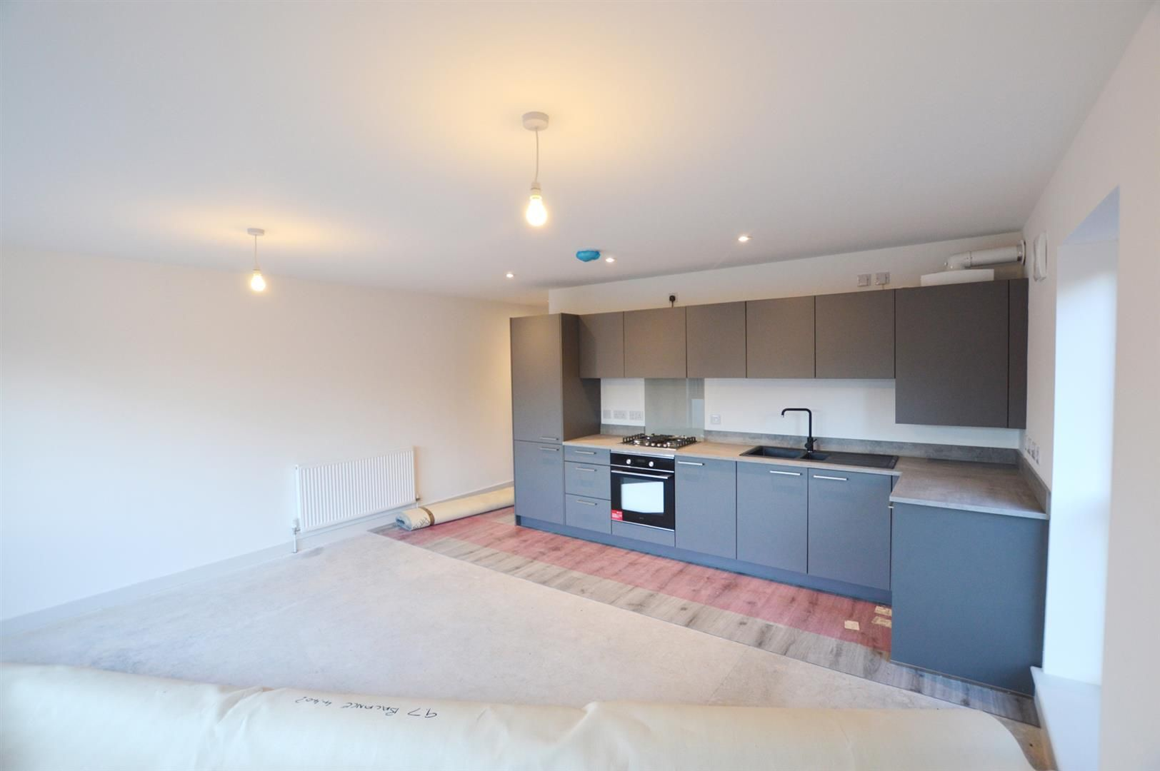2 bed apartment for sale in Leominster 5