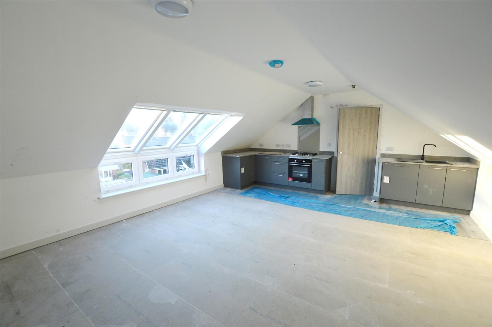 1 bed apartment for sale in Leominster 2