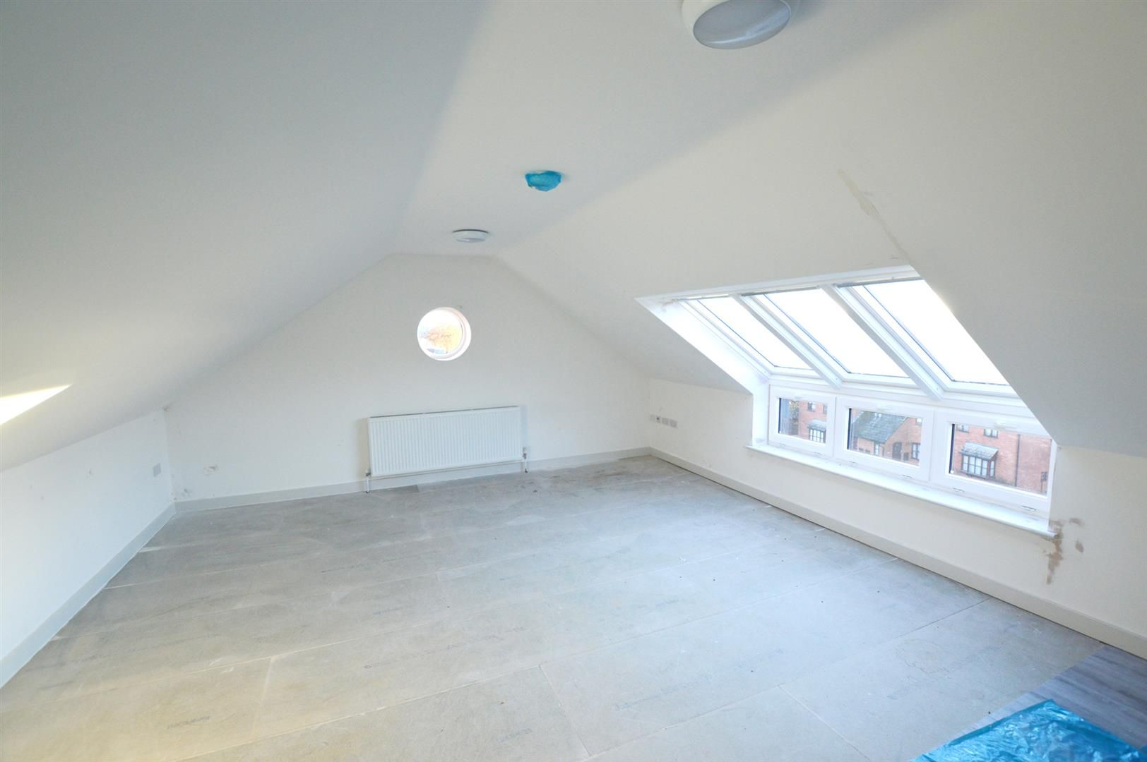 1 bed apartment for sale in Leominster 3