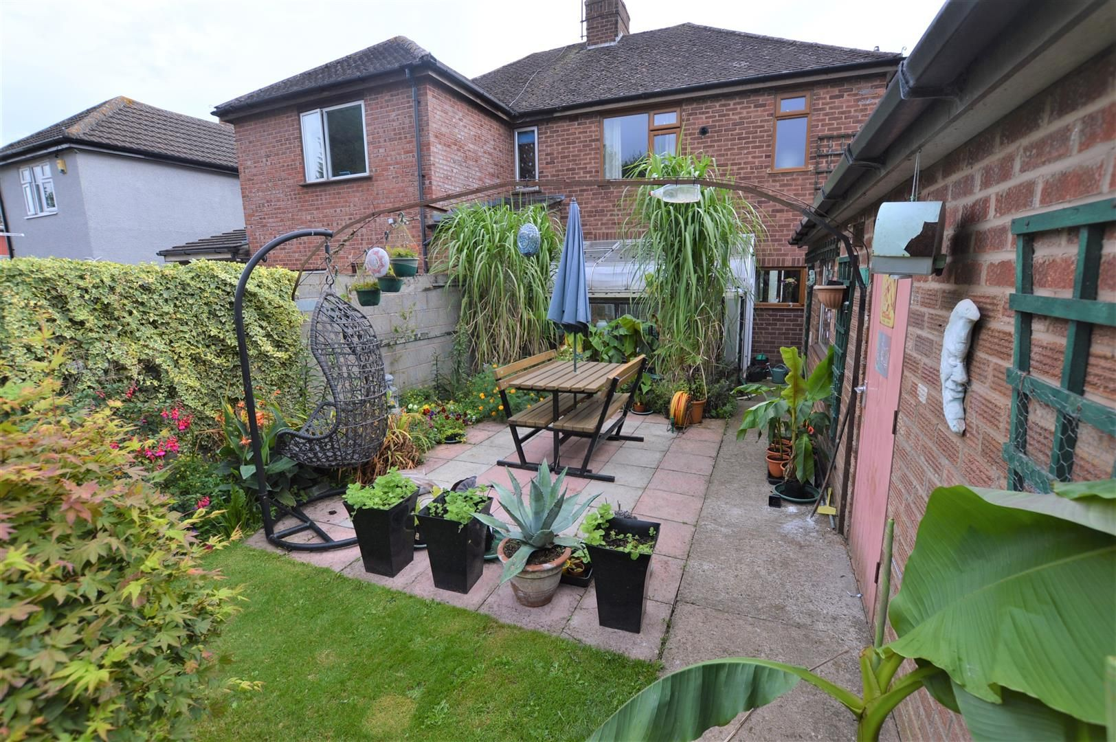 3 bed semi-detached for sale in Hereford 13