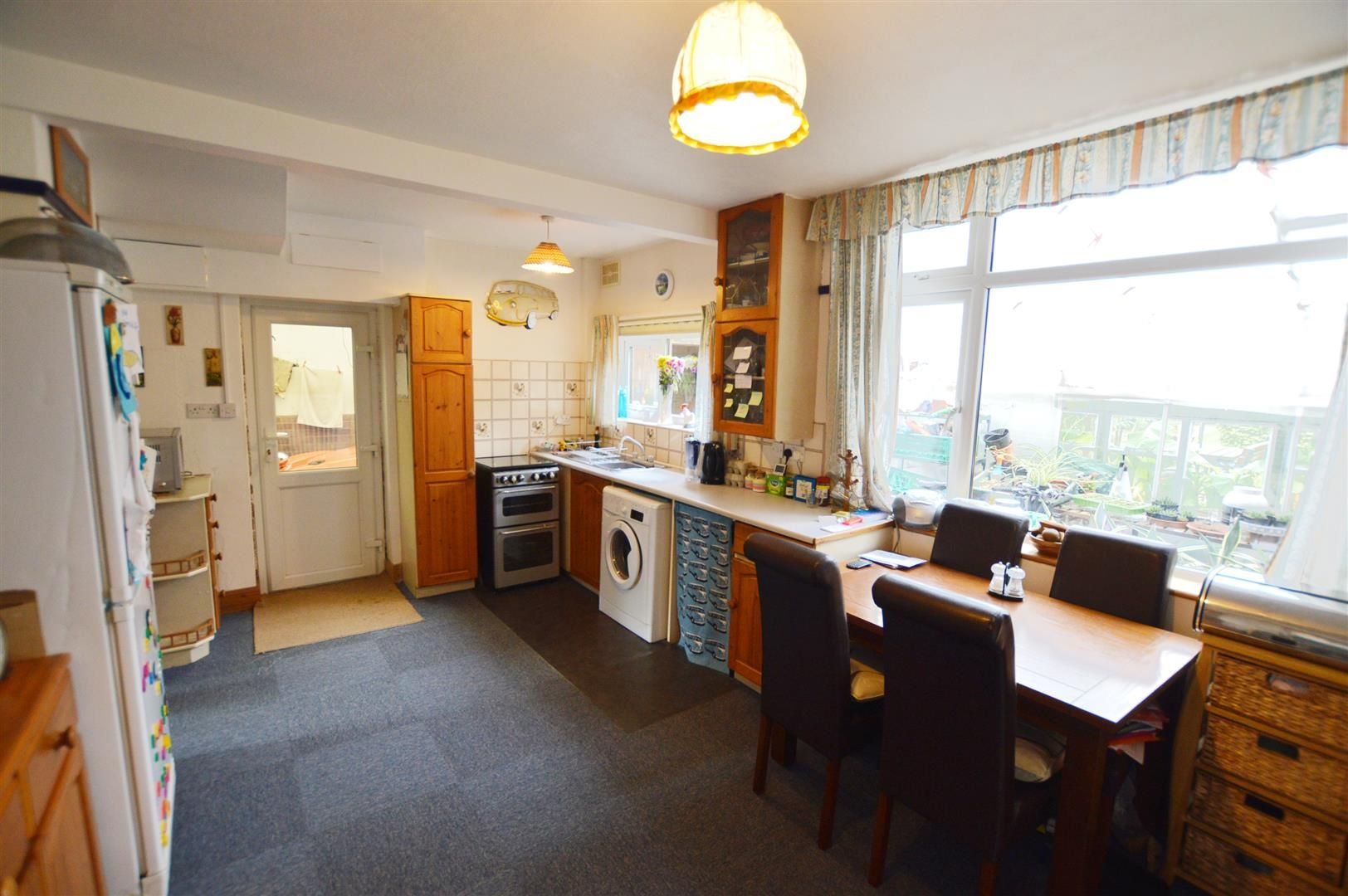 3 bed semi-detached for sale in Hereford 6