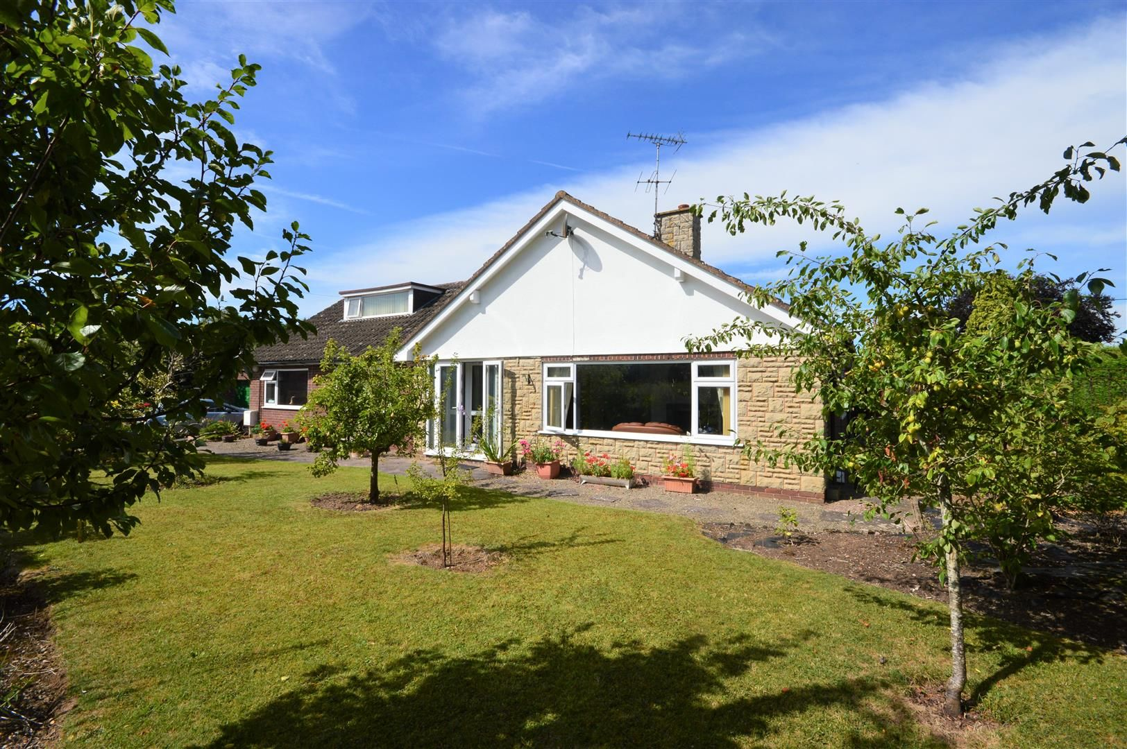 4 bed detached bungalow for sale in Bodenham 1