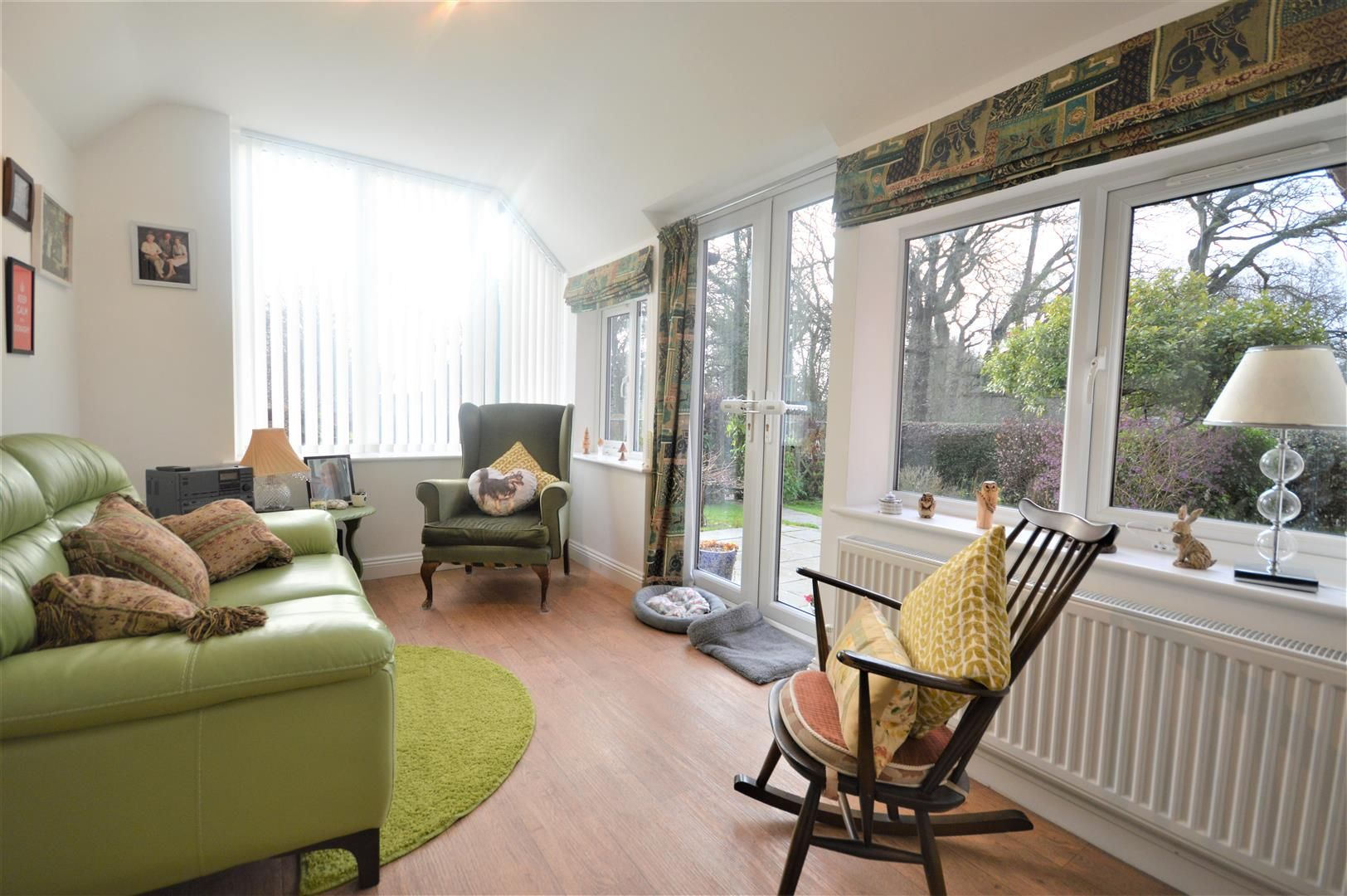 4 bed semi-detached for sale in Leysters 6