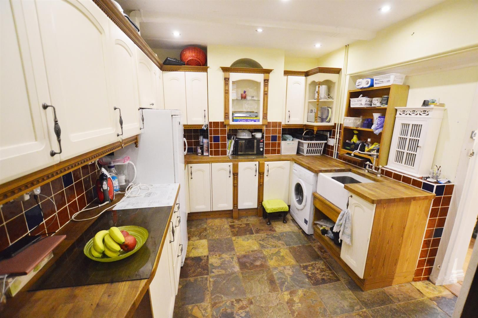 4 bed semi-detached for sale in Leysters 7