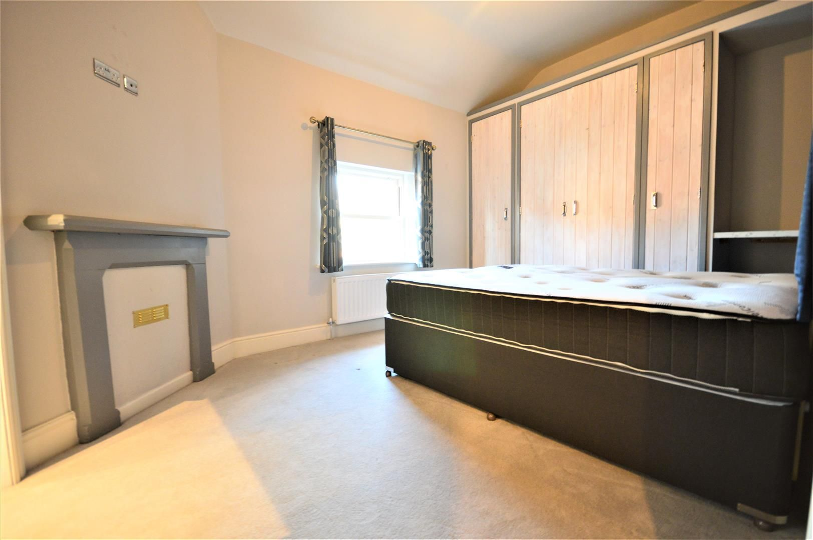 2 bed apartment to rent in Letton 4