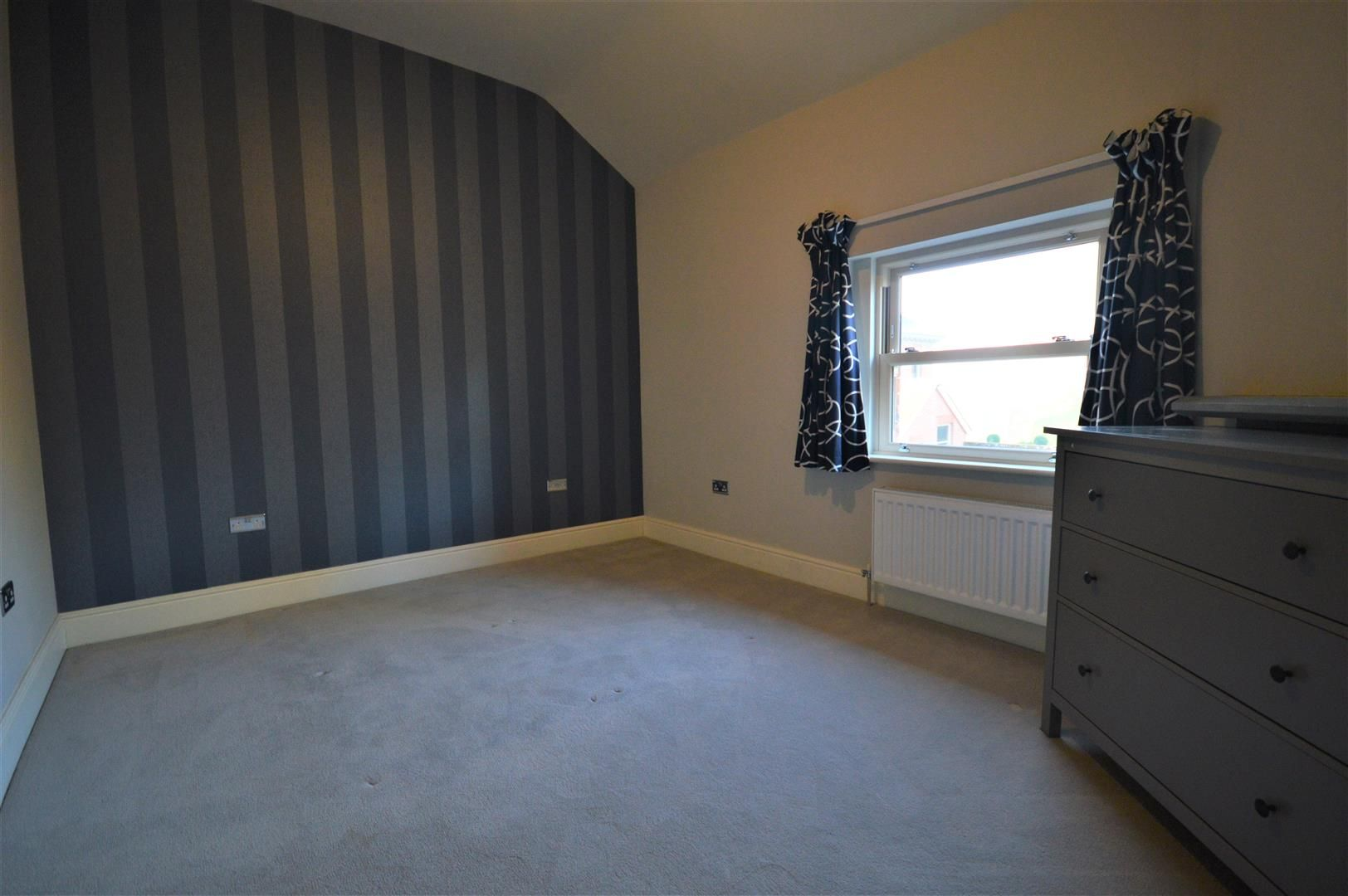 2 bed apartment to rent in Letton 5