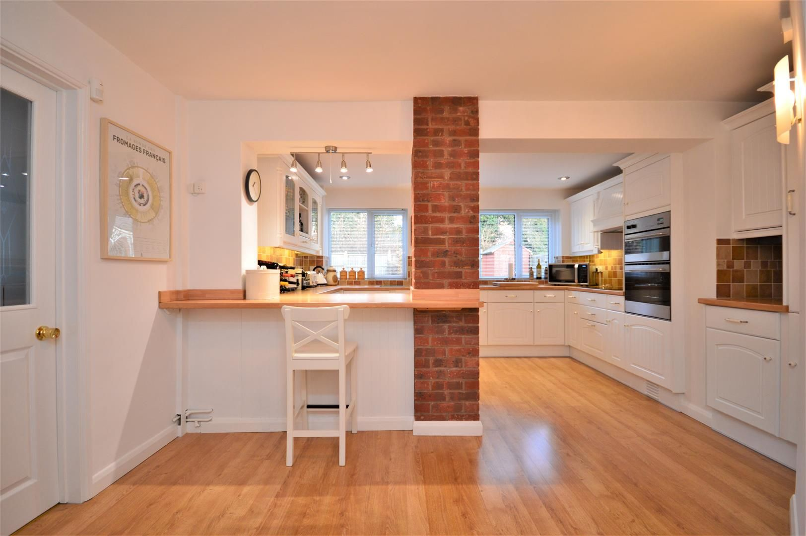 4 bed detached for sale in Hereford 3