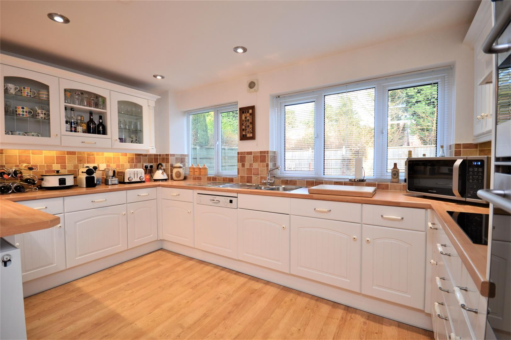 4 bed detached for sale in Hereford 7
