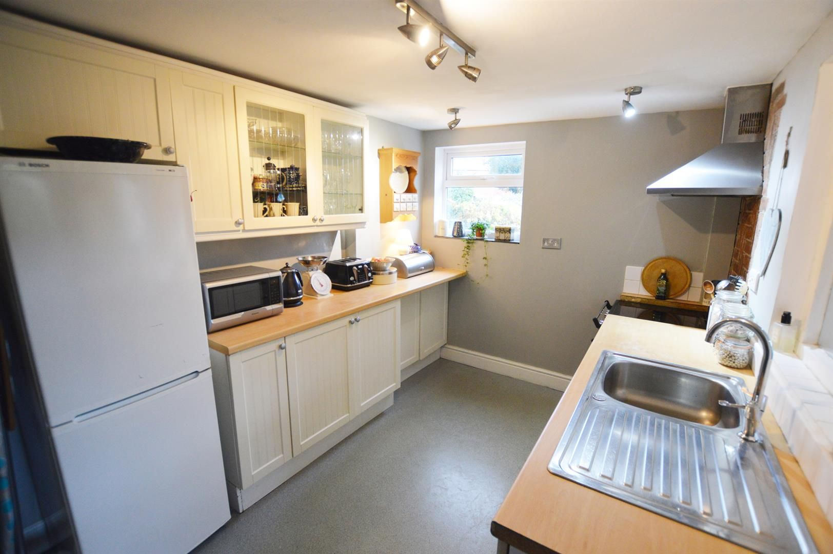 2 bed semi-detached for sale in Bromyard  - Property Image 3