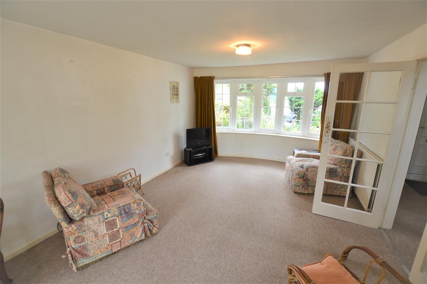 3 bed link detached house for sale in Weobley 2