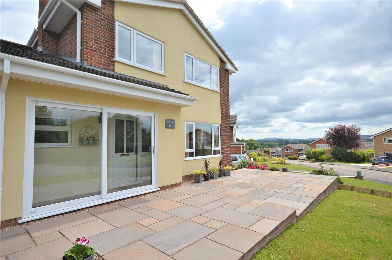 3 bed detached for sale in Kings Caple 2