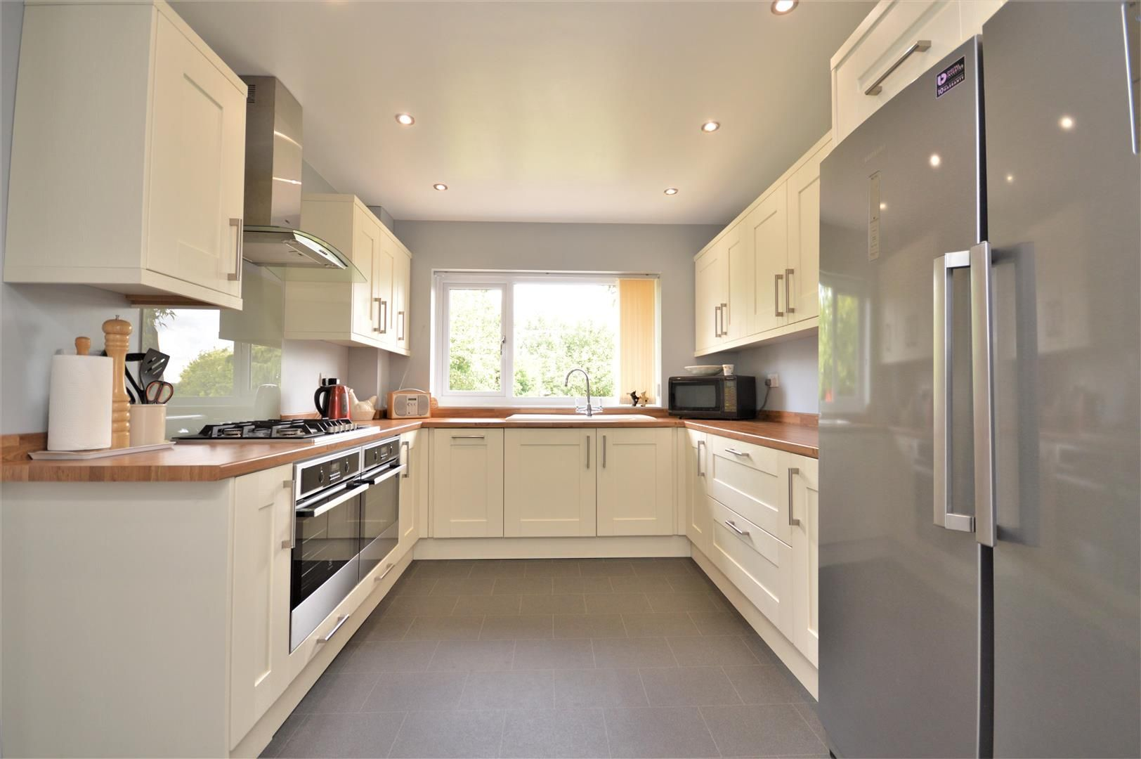 3 bed detached for sale in Kings Caple 5