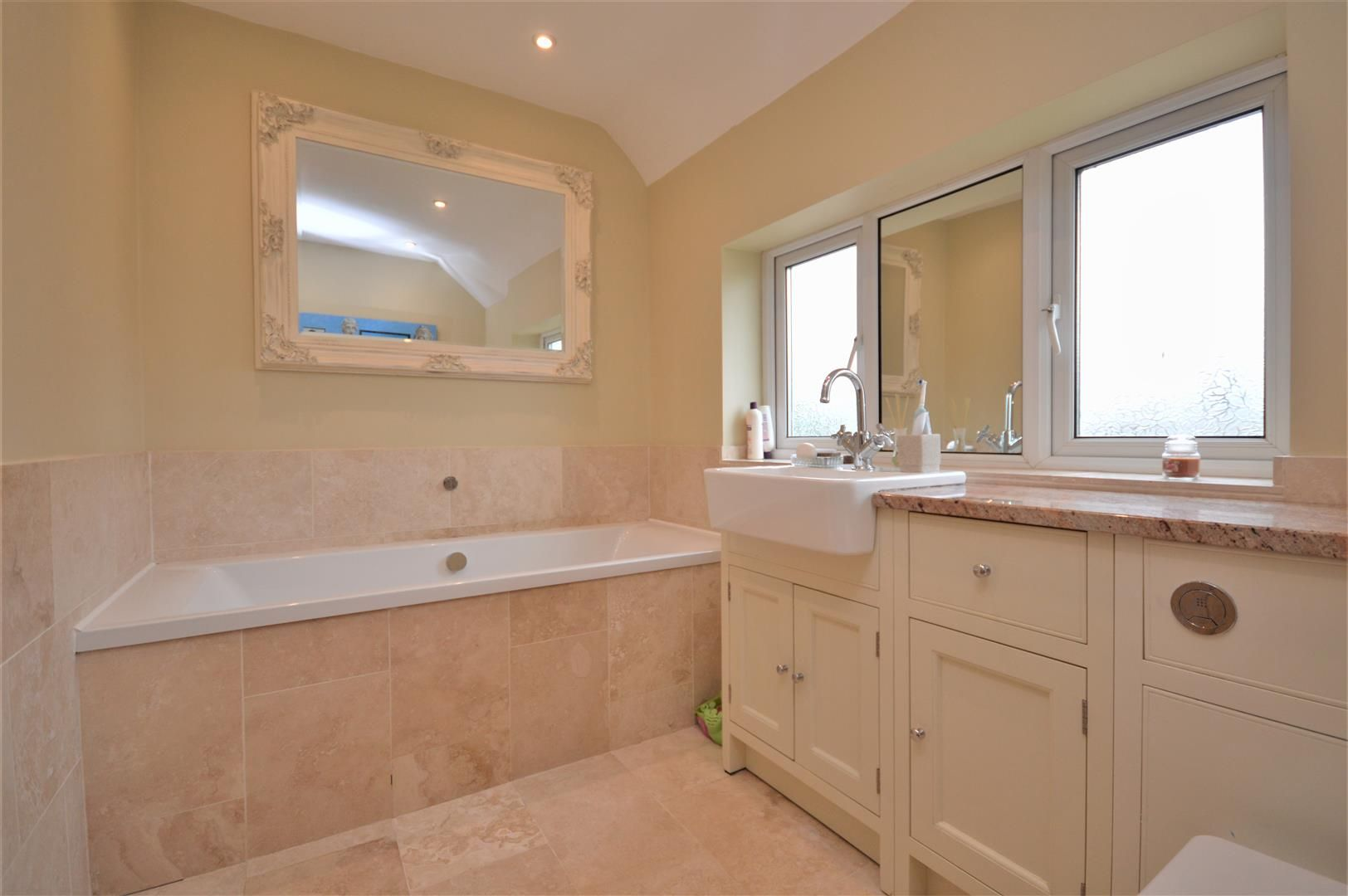 4 bed detached for sale in Kings Acre  - Property Image 14