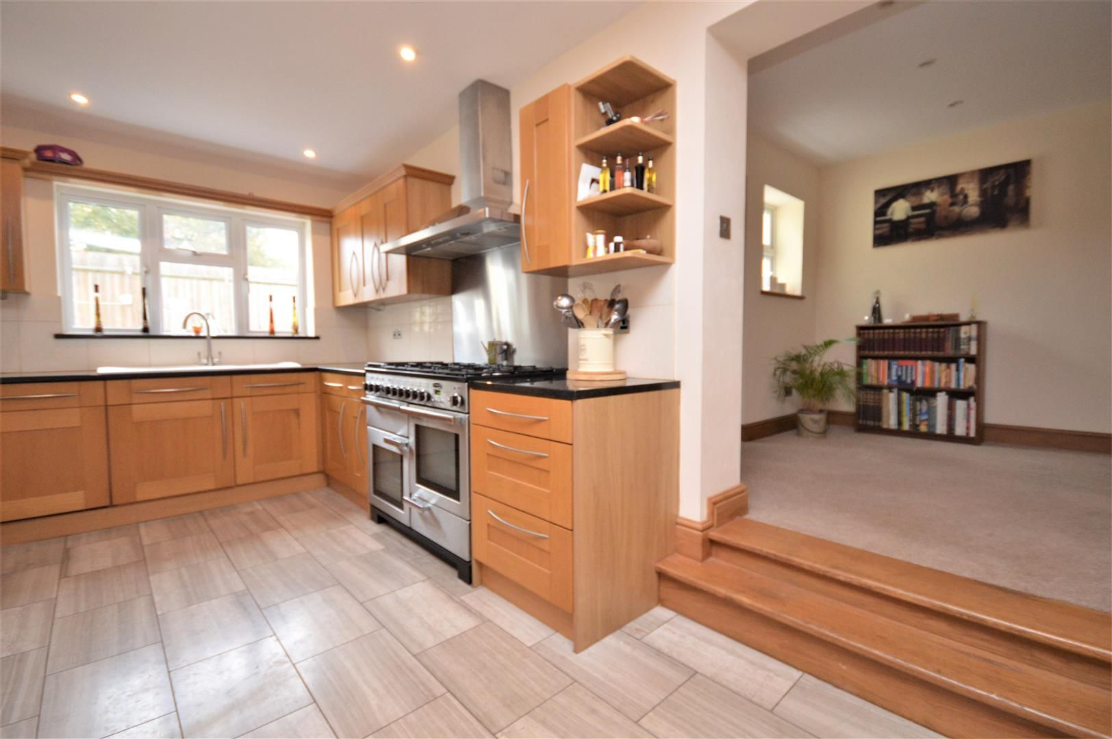 4 bed detached for sale in Kings Acre  - Property Image 6