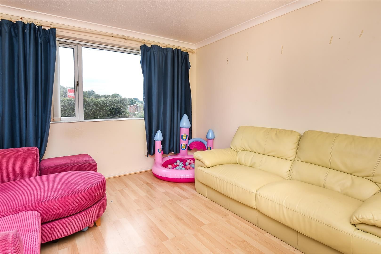 3 bed terraced for sale in Hereford 4