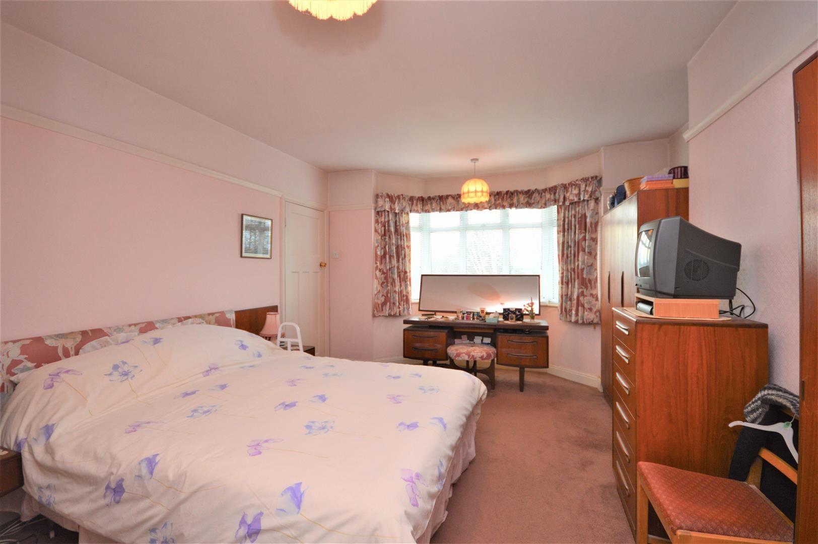 4 bed detached for sale in Bobblestock 12
