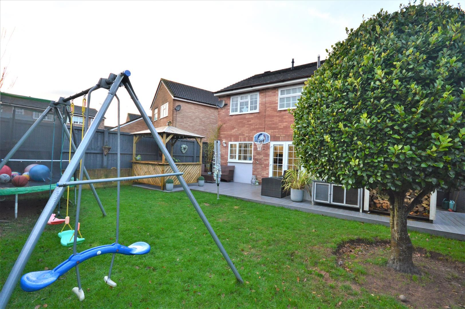 3 bed detached for sale in Belmont 12
