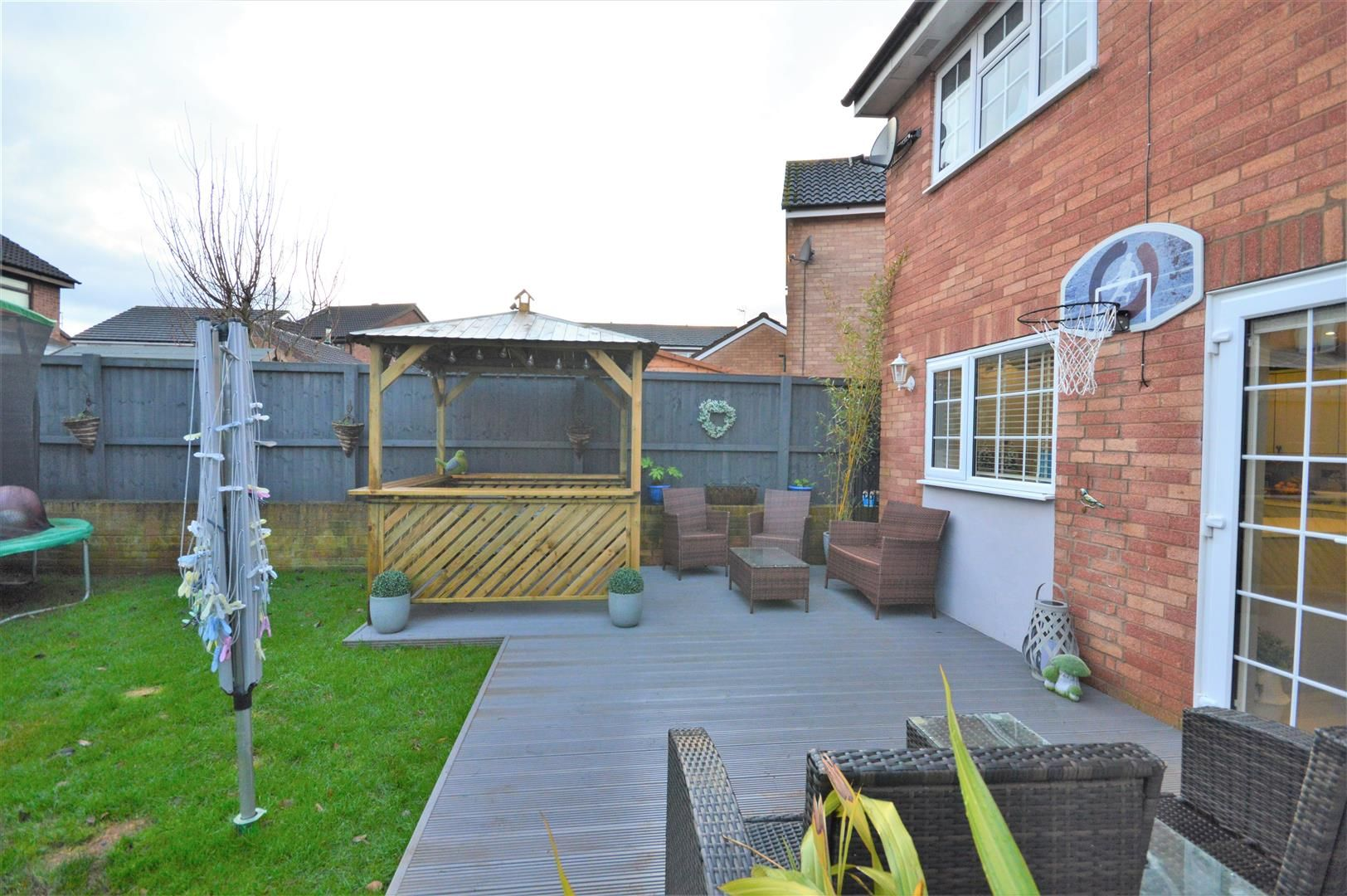 3 bed detached for sale in Belmont 13