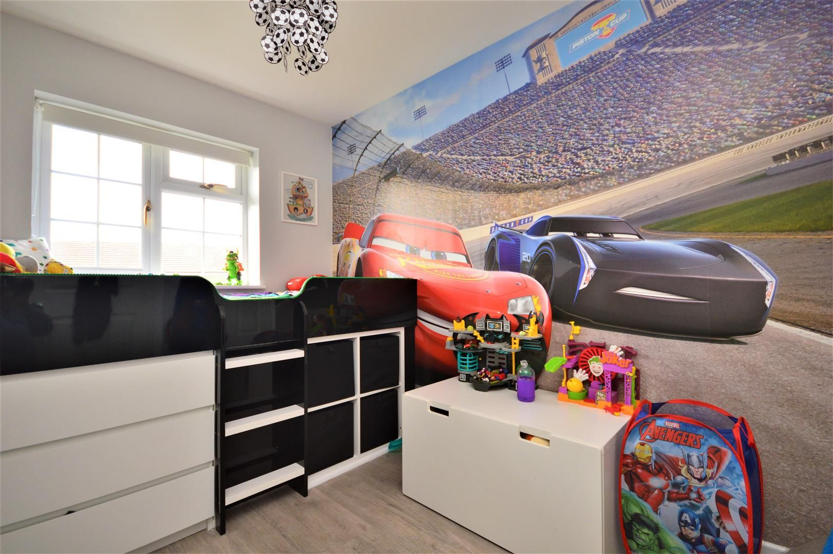 3 bed detached for sale in Belmont 8