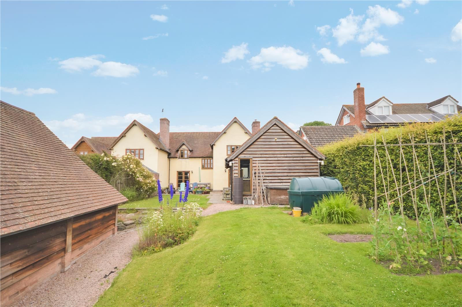 4 bed semi-detached to rent in Weobley  - Property Image 14