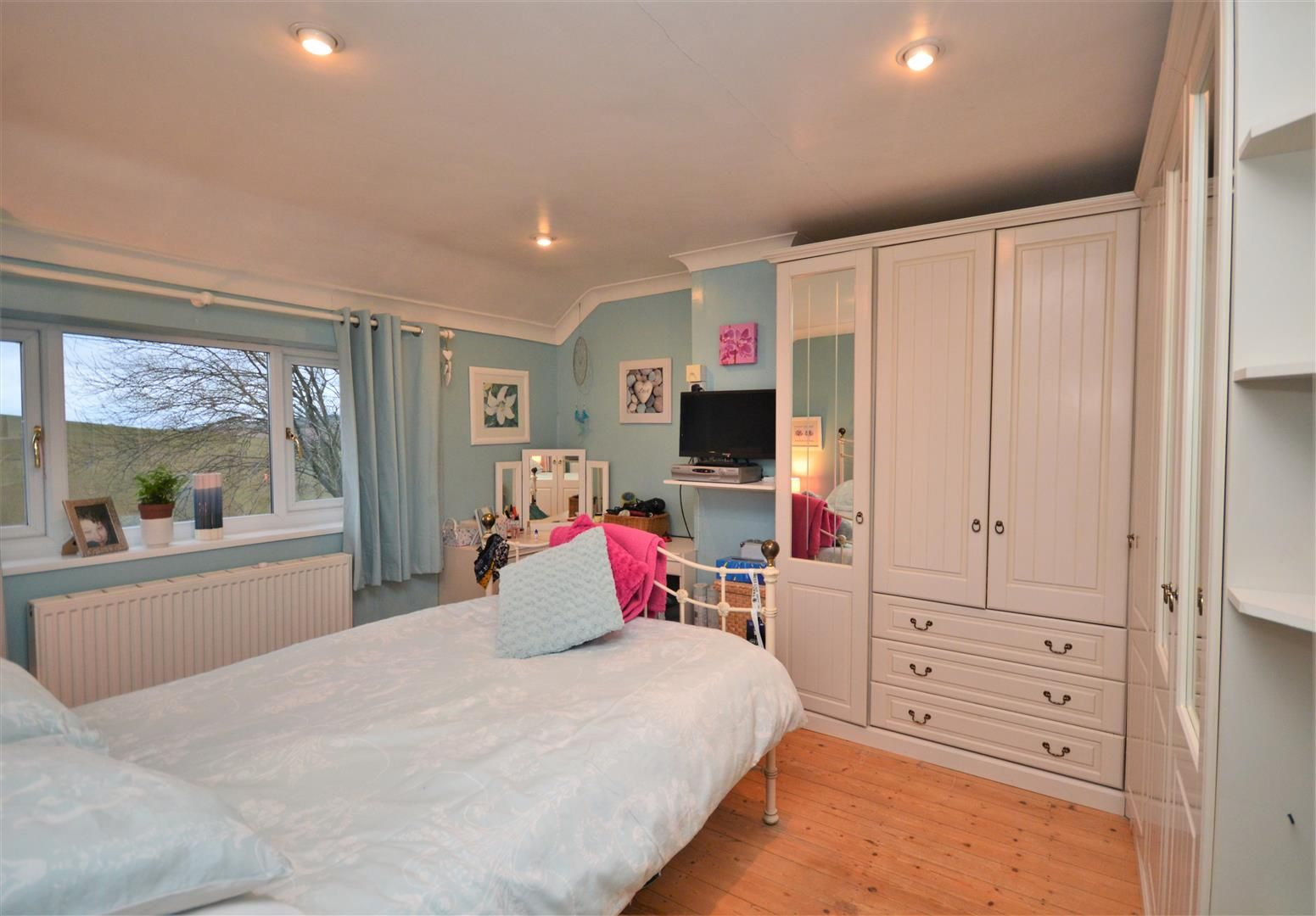 3 bed semi-detached for sale in Much Birch 7