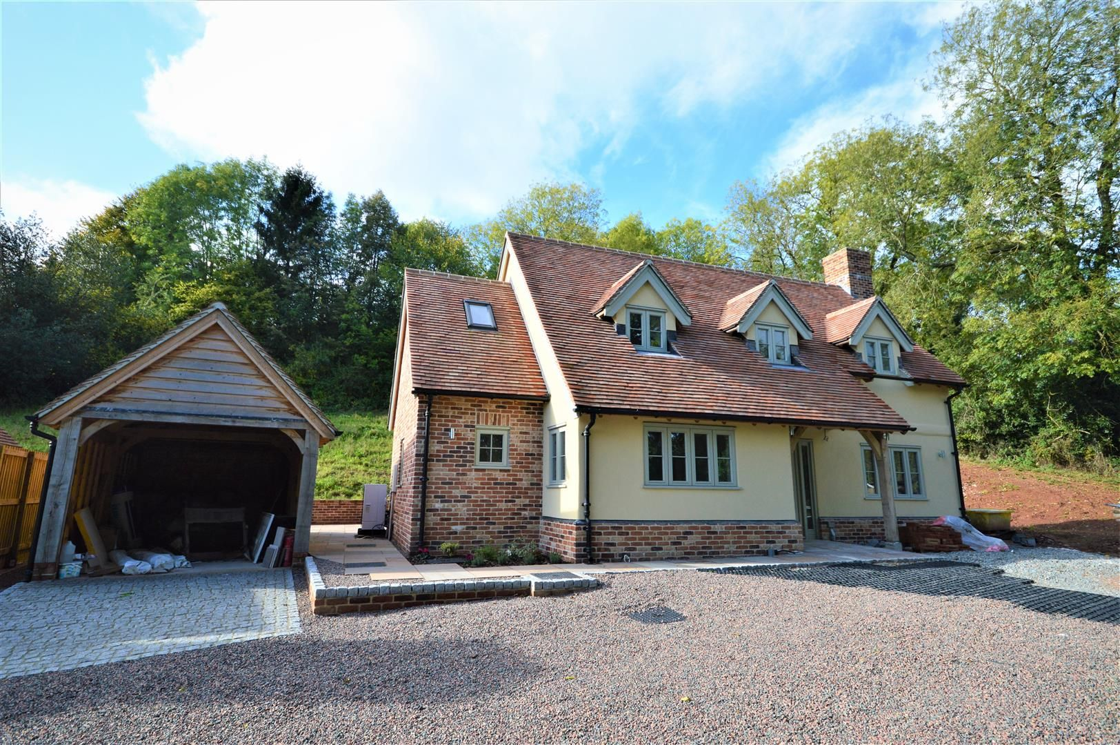 3 bed house for sale in Dilwyn, HR4