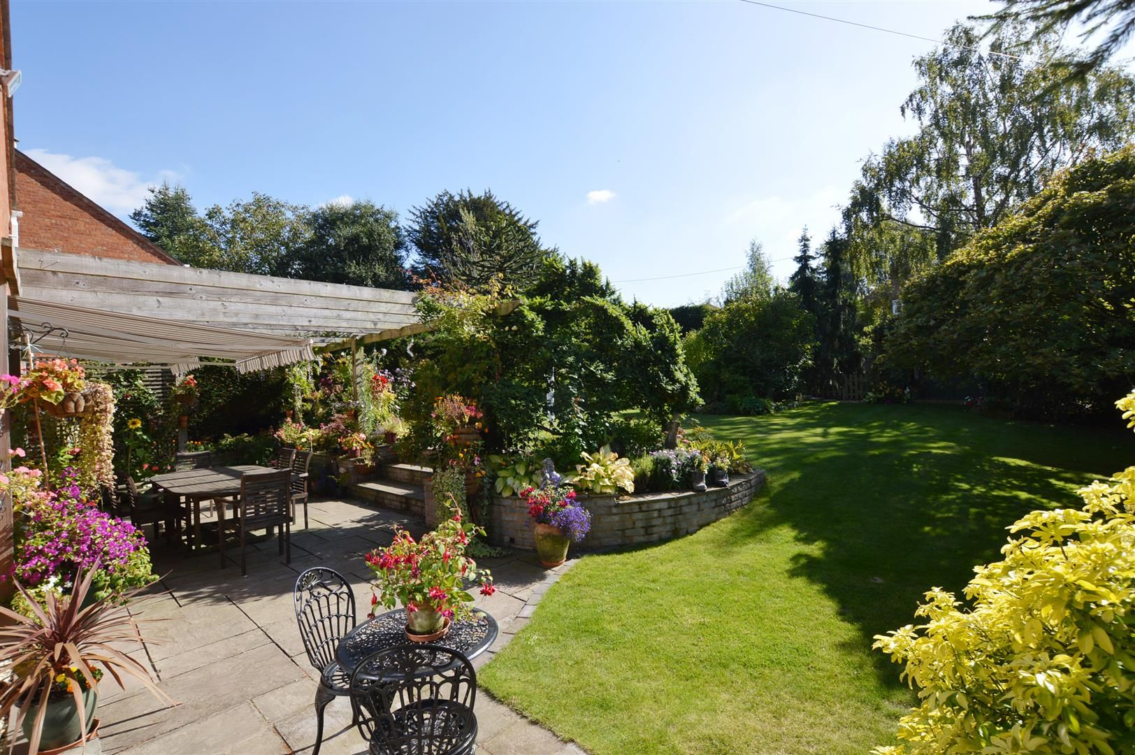 4 bed detached for sale in Luston 12