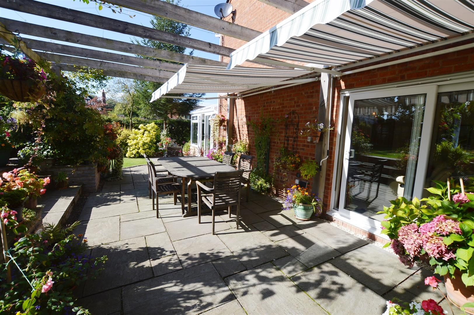 4 bed detached for sale in Luston 13