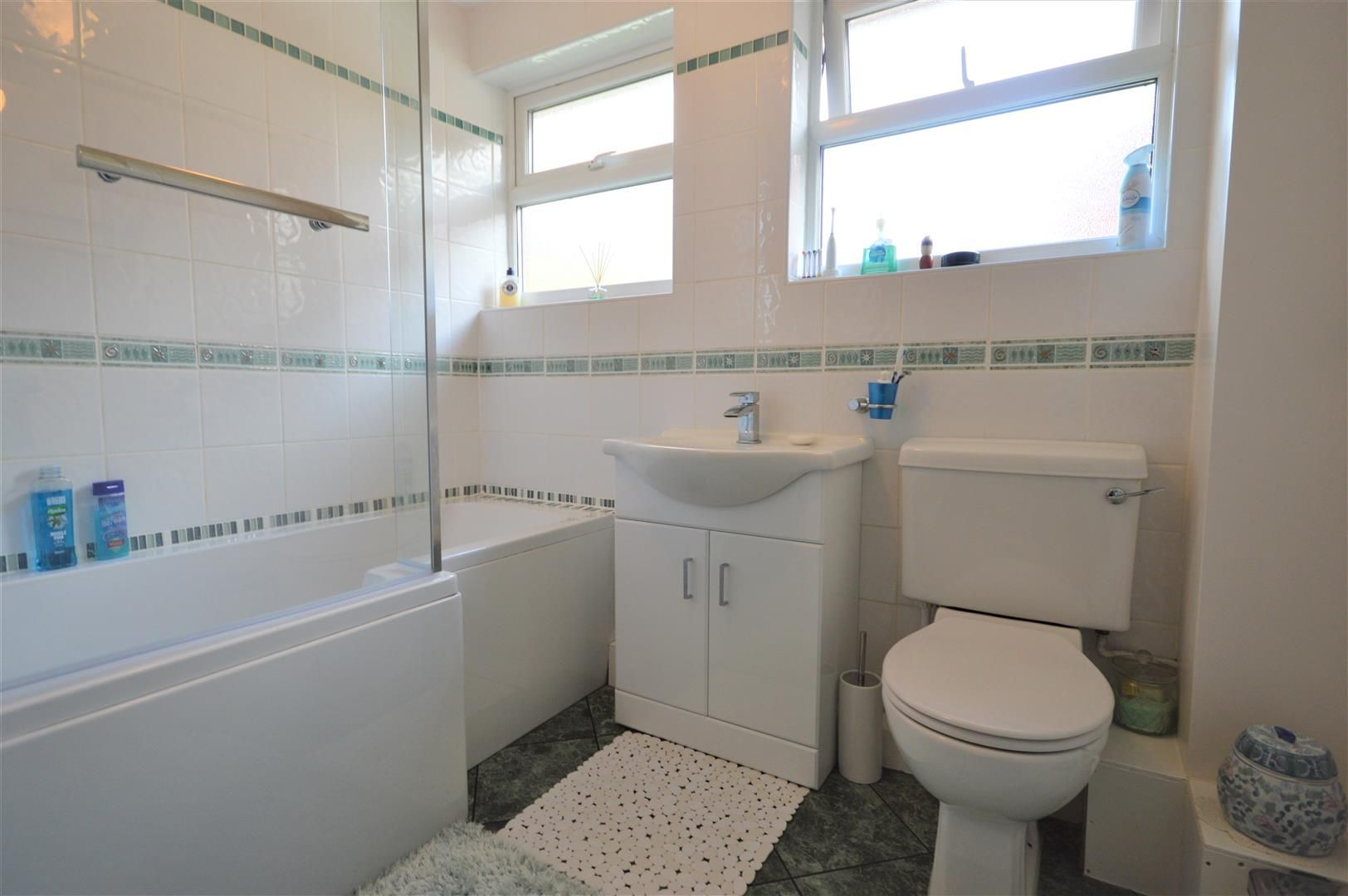 4 bed detached for sale in Luston 9